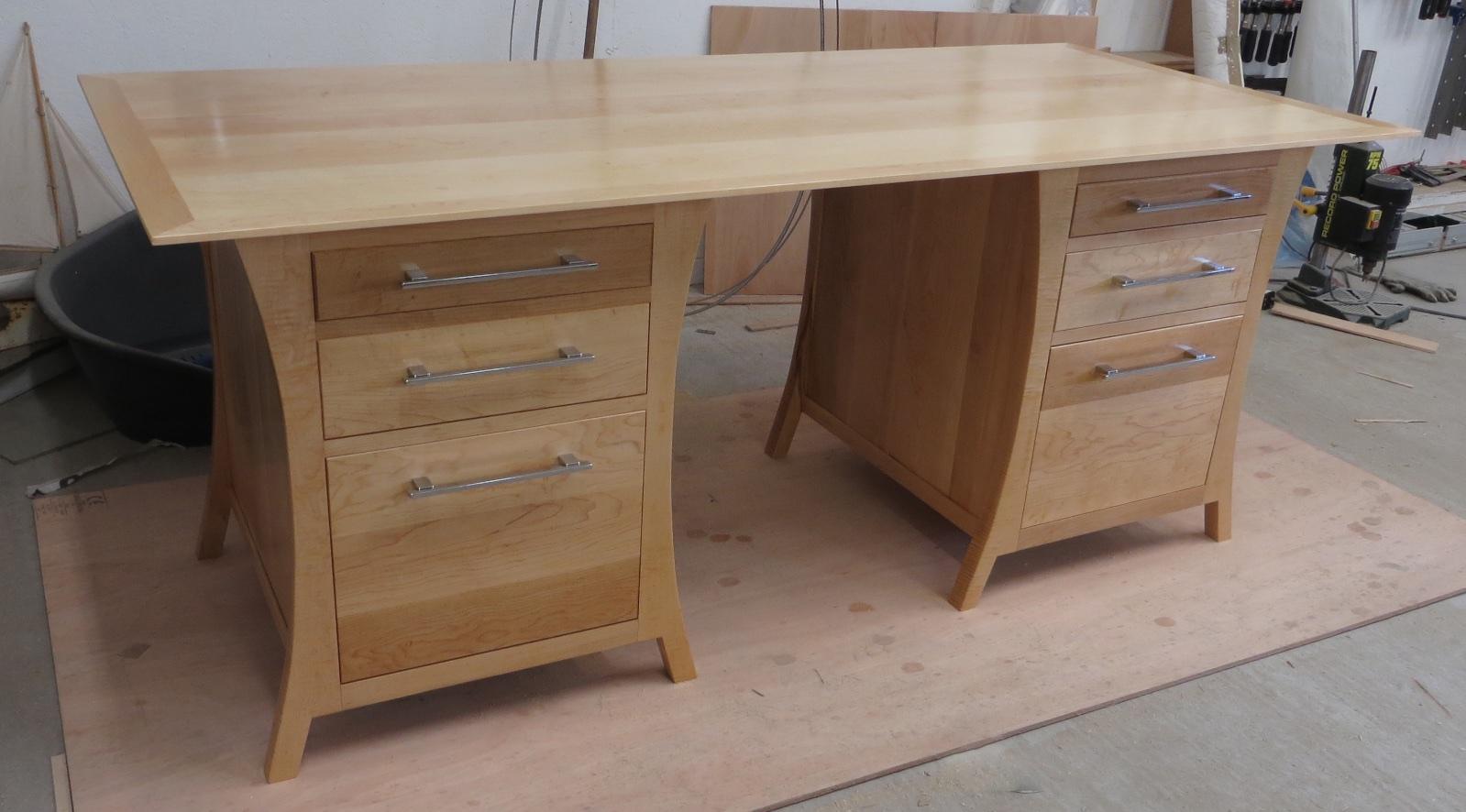 SFG Desk 1